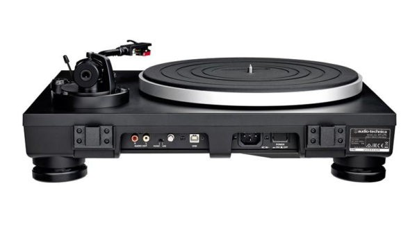 Audio Technica AT-LP5 Turntable