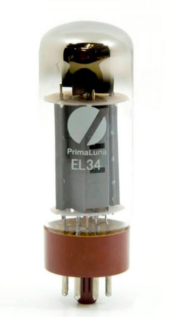 EL34 standard tubes included