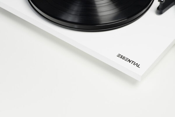 Rapallo | Pro-Ject Essential III Turntable with Ortofon OM10 Cartridge