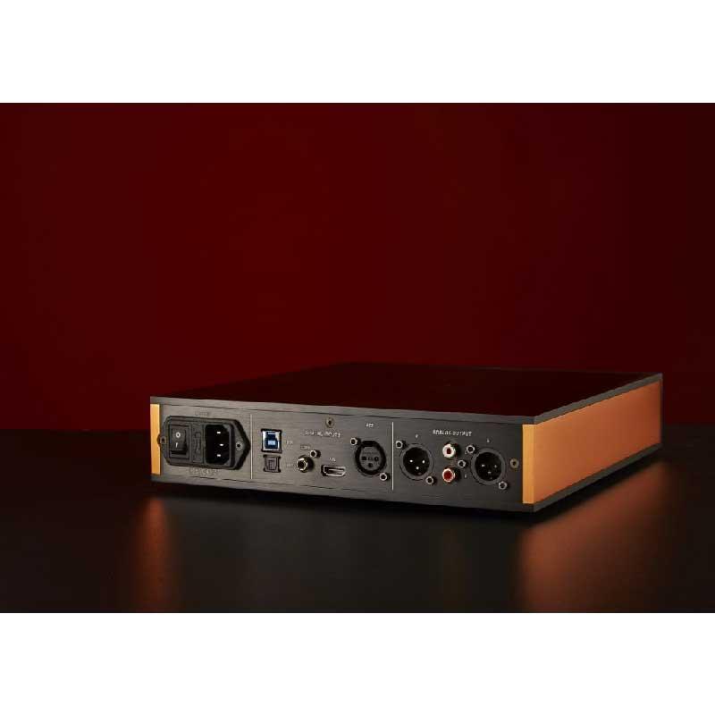 Rapallo | Holo Audio Cyan Discrete R2R DAC, All-In-One Pre/Headphone Amplifier